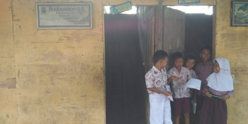 Sekolah Digusur untuk Bangun Kantor Pemda, Siswa SDN Sadah Terpaksa Belajar di Bekas Kandang Kerbau