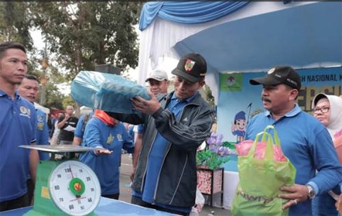 Momen Hari Peduli Sampah Nasional, Pekanbaru Harus Bebas Sampah