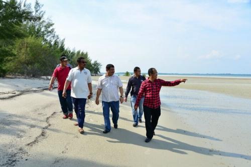 Beting Aceh Rupat Utara Disebut Giri Trawangan Lombok di Provinsi Riau