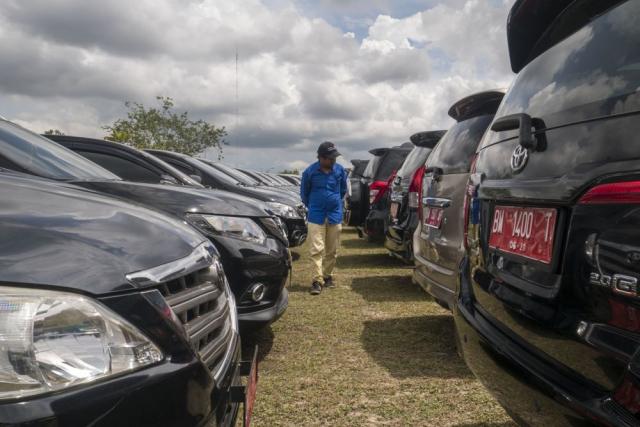 ASN Dilarang Mudik, Gubernur Riau Terbitkan Surat Perintah Kandangkan Mobil Dinas