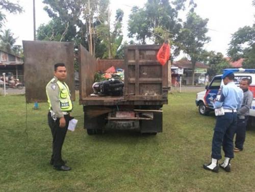 Tabrak Truk Sampah Sedang Parkir, Prajurit TNI AU di Pekanbaru Meninggal Dunia