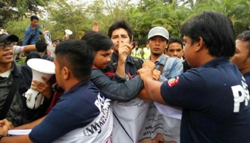 Tolak Pemberian Gelar Doktor HC untuk Jusuf Kalla, 7 Mahasiswa Unand Ditangkap