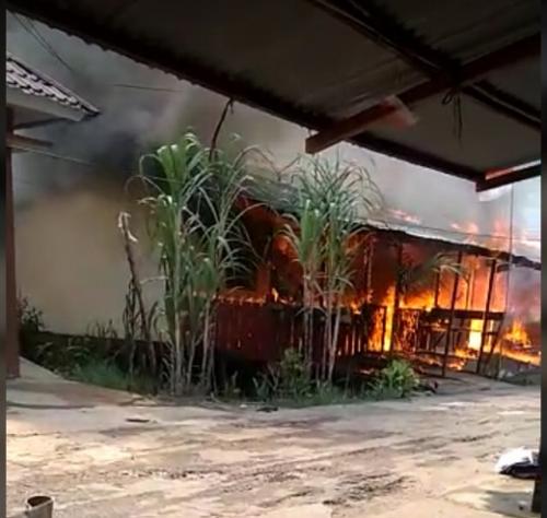 Dilalap Si Jago Merah, 9 Rumah Dinas Polisi Ludes Terbakar