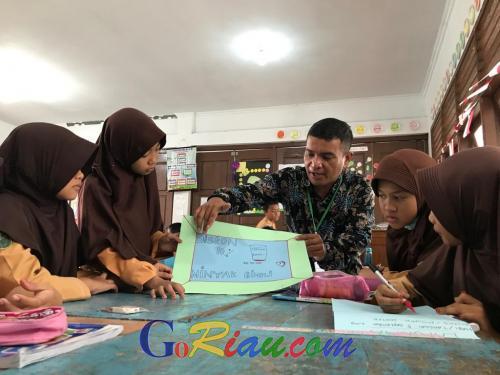 Program PINTAR Tanoto Foundation Buat Guru dan Pelajar MIN 1 Pekanbaru Lebih Kreatif dan Unggul
