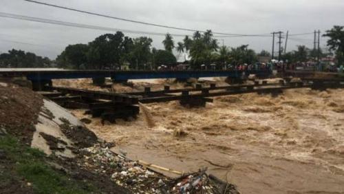 Padang Diterjang Banjir, 2 Bocah Hanyut dan Tewas