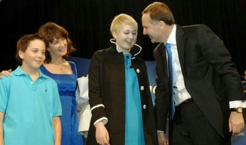 Mengharukan, Ingin Jadi Suami dan Ayah yang Baik, PM Selandia Baru John Key Putuskan Mundur