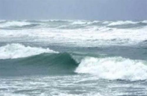 Musim Angin Saitak, Nelayan Rohil Enggan Melaut