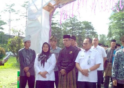 Orang yang Tinggal di Riau, Suka tidak Suka, Harus Implementasikan Budaya Melayu