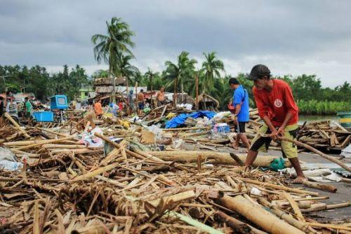 Topan Kammuri Renggut 13 Jiwa di Filipina