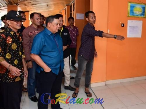Wagubri Edy Nasution Prihatin Melihat Kondisi Asrama Putra Riau di Yogyakarta