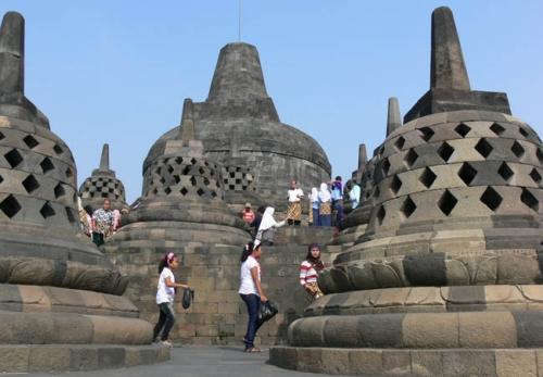 Hiii... Banyak Turis yang Kesurupan di Borobudur, Ternyata Ini Penyebabnya