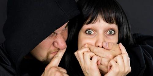 Menguji Cinta Suami, Perempuan Ini Culik Dirinya Sendiri