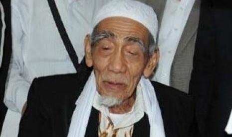 Ketua Majelis Syariah PPP Mbah Moen Wafat di Makkah
