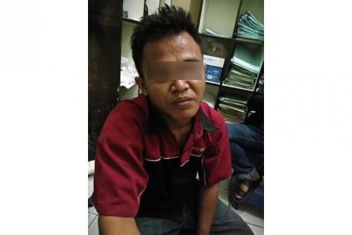 Ustaz di Tangerang Dibacok Saat Mengajar Anak-anak Mengaji di Ponpes