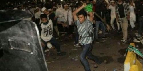 Aa Gym Unggah Foto Terduga Provokator Kericuhan Demo 411, Bukan Massa Muslim?