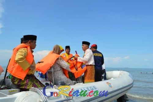 Menurut Plt Gubernur Riau Pulau Rupat Miliki Potensi Wisata yang Luar Biasa