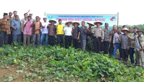 Asian Agri Resmikan Program Desa Sawit Mandiri di Desa Ukui II