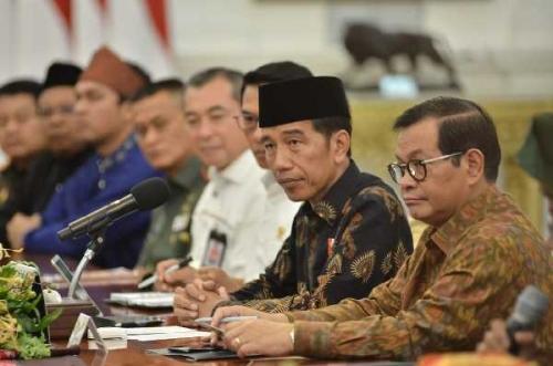 Sebelum ke Riau, Jokowi akan Lantik Gubernur Riau Tanggal 10 Desember di Istana