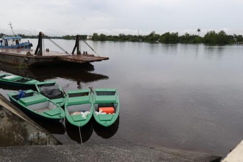 Nelayan di Mempura Terima Bantuan Sampan Motor, Syamsuar: Banyak Program Pusat yang Menyentuh Masyarakat Siak