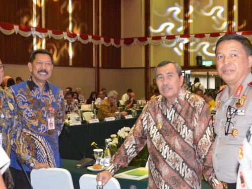 Syamsuar Gubernur Pertama yang Paparkan Penanggulangan Karhutla Riau saat Rakor Gabungan di Jakarta
