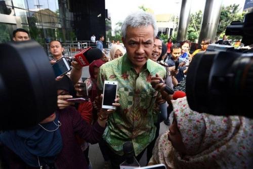 Pilkada Jateng, PDIP Pasangkan Ganjar dengan Putra Sesepuh NU