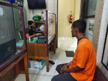 Punya Kartu Kuning, Pria yang Tampar Imam Salat di Pekanbaru Akhirnya Diantar ke Rumah Sakit Jiwa