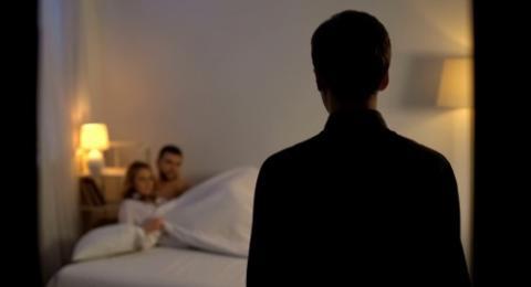 Pergoki Istrinya Ditiduri Anggota Polisi, Suami Melapor ke Polda