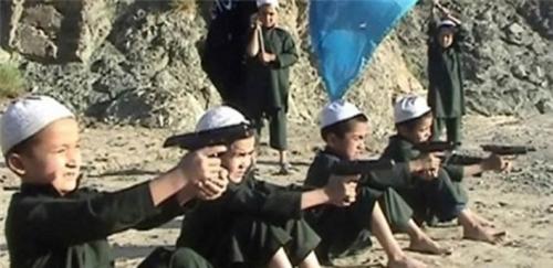 Kabur dari Perang, Tujuh Militan ISIS Direbus Komandannya dalam Panci Besar Berisi Air Mendidih