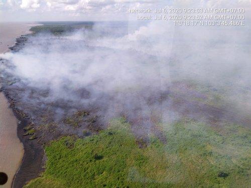 Api Padam Diguyur Hujan, Petugas Sempat Berjibaku Padamkan Karhutla di Gayung Kiri Rangsang