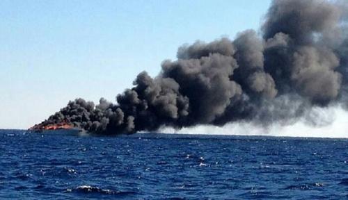 Kapal Lintas Samudra Terbakar, 6 Penumpang Tewas, Termasuk 2 Balita