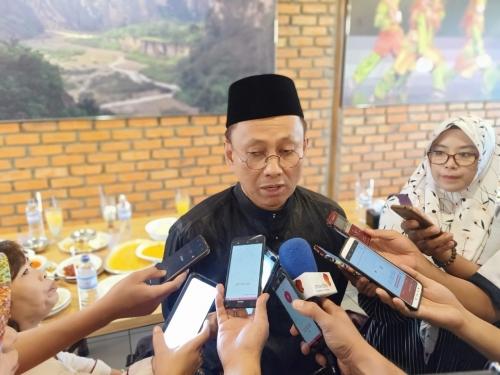 Bunganya Menjerat, OJK Ingatkan Masyarakat Riau Berhati-hati Ajukan Pinjaman Online