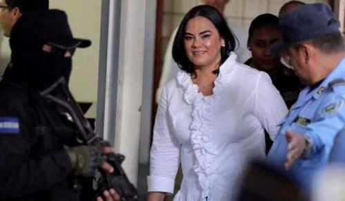 Lakukan Penipuan dan Penyelewengan, Mantan Ibu Negara Dihukum 58 Tahun Penjara