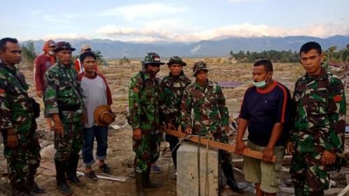 Cari Korban Gempa di Reruntuhan Gereja, Satgas Yonzipur Temukan Uang Lebih Rp1 Miliar