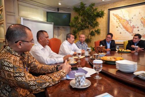 Tekan Pegangguran di Riau, Gubri Syamsuar Gandeng Sampoerna University