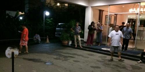 Diguncang Gempa 6,4 SR, Tamu Hotel di Banda Aceh Berhamburan