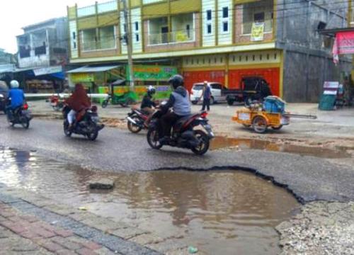 Tahun 2019, DPRD Pekanbaru Minta Jalan Berlubang Segera Diperbaiki