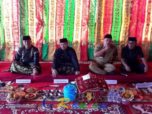 Kunker ke Kampar, Gubri Syamsuar Sampaikan Wisata Halal Hingga Pembangunan Infrastruktur di Riau
