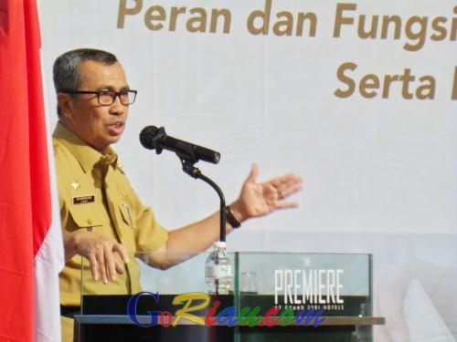 Rakor Gubernur dengan Camat se-Riau, Syamsuar: Sesuai Keputusan MK Mencoblos Bisa Pakai Suket