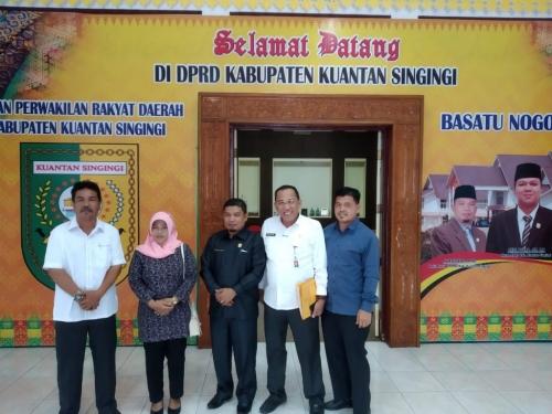 Waka DPRD Inhu Kunker ke DPRD Kuansing