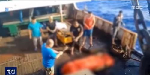 Cerita 5 WNI ABK Kapal China; Bekerja 18 Jam Sehari, Makan Ikan untuk Umpan dan Minum Air Laut Disuling