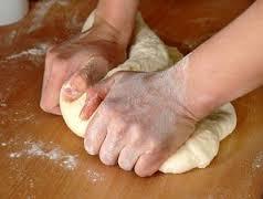 Jangan Lakukan Ini Ketika Anda Membuat Roti, Nanti Adonan Tak Mengembang