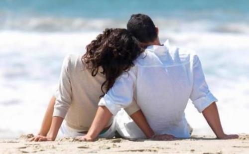 Jangan Umbar Kemesraan di Medsos, Ini 5 Risikonya