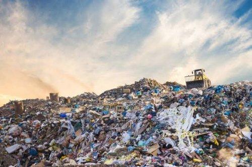 DLHK Pekanbaru Diminta Tertibkan Pungutan Retribusi Sampah Ilegal