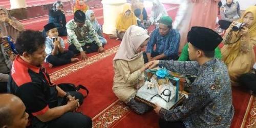 Tahanan Polres Kampar Langsungkan Pernikahan, Isak Tangis Pengantin Perempuan Pecah