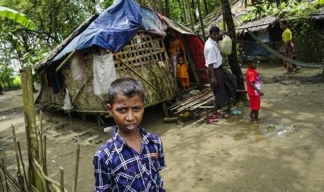 Prof Abdul Hadi WM Imbau Umat Islam Waspada, Banyak Orang di Indonesia Munafik Sikapi Tragedi Muslim Rohingya