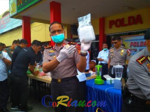 Hasil Operasi Antik 2018, Polda Riau Musnahkan 33 kilogram Sabu dan 81 Ribu Butir Ekstasi