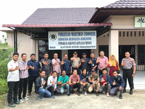 Sambangi Sekretariat PWI Kepulauan Meranti, Taufiq Ajak Wartawan Saling Bersinergi