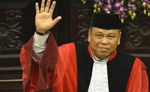 54 Profesor Desak Arief Hidayat Mundur Sebagai Ketua MK, Dinilai Tak Punya Kualitas Negarawan