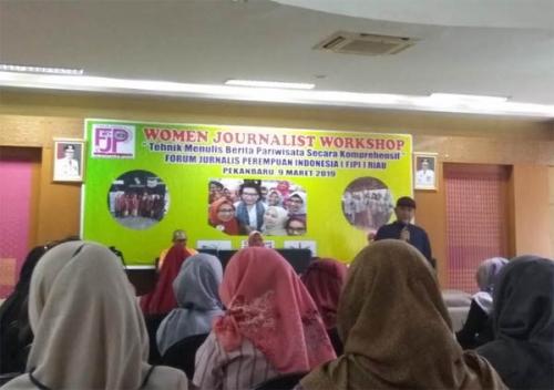 Peran Media Dinilai Penting untuk Promosikan Pariwisata, FJPI dan Dispar Riau Gelar Workshop