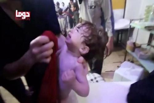 Serangan Kimia Pasukan Assad Bunuh 85 Warga Suriah, Sebagian Besar Korban Wanita dan Anak-anak